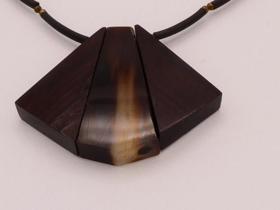Collier corne et acier damas